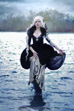Model: Kassandra Leigh