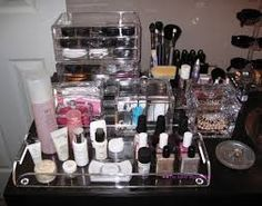 New Ideas for clear makeup storage life Make Up Storage, Storage Ideas, Food Storage, Organization Station, Makeup Organization, Bathroom Organization, Dressing Table Storage, Baby Toy Storage, Organisation