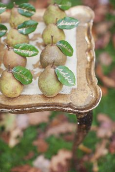 View entire slideshow: 15 Ideas for Fall Fruit  on http://www.stylemepretty.com/collection/608/