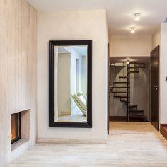 Coloca espejos en los interiores de la casa; así, el espacio lucirá más grande de lo que en realidad es.    #Habitat #ExperienciaHabitat  #Home #Hogar #style #luxury #design #Diseño #Arquitecto #Brillo #Elegancia #Porcelanato #PorcelanatoEspañol #Piso #Calidad #Diseñodeinteriores #Revestimiento #porcelain #decor #architecture