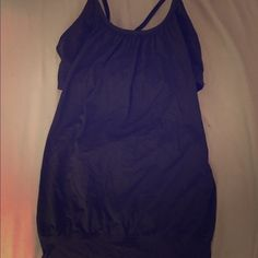 Lululemon Tank/bra size 6 Worn a handful of times. In great condition. Tag is missing because it was in the way. Size 6 black lululemon athletica Tops Tank Tops