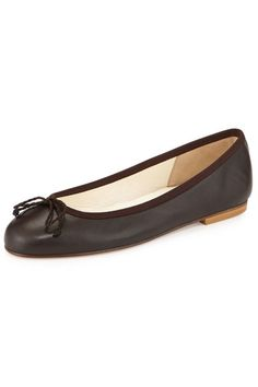 The 13 shoes every woman needs in her closet, including the classic ballet flat. Shop this French Sole Crystal Leather Ballet Flat.