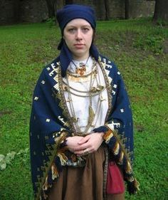 Baltic costumes from Latvia, century Viking Dress, Viking Costume, Medieval Costume, Folk Costume, Costumes, Historical Costume, Historical Clothing, Larp, Viking Reenactment