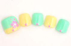 Pastel yellow, green, and pink Pretty Toe Nails, Cute Toe Nails, Pretty Toes, Toe Nail Art, Fancy Nails, Pedicure Nail Designs, Toe Nail Designs, Toenails, Mani Pedi