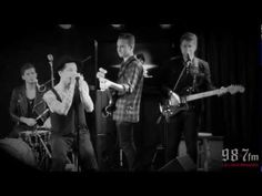 """▶ The Neighbourhood """"Wires"""" Live Acoustic - YouTube"""