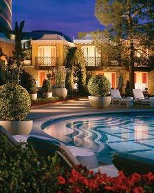 Amazing Swimming Pool !!!