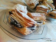 Hamis hájas Croissants, Tortilla Chips, Spanakopita, Just Desserts, Nutella, Food Photography, Sandwiches, Pork, Bread