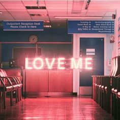 LOVE ME #neon #lights • Pinterest @camillaloves22 •