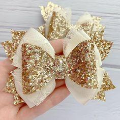 Baby Girl Bows, Baby Girl Headbands, Girls Bows, Handmade Hair Bows, Diy Hair Bows, Ribbon Hair, Ribbon Bows, Diy Leather Bows, Christmas Hair Bows