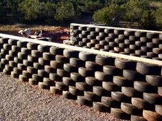 Building Tire Retaining Wall on Tire Craft, Earthship Home, Tire Planters, Gabion Wall, Tyres Recycle, Recycled Tires, Used Tires, D House, Solar House
