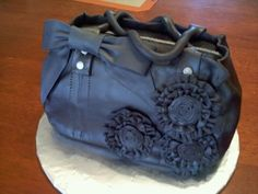 Purse cake By tiffanyp23 on CakeCentral.com