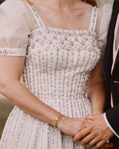 Princess Beatrice Wedding, Princess Eugenie And Beatrice, Royal Wedding Gowns, Royal Weddings, Royal Family Pictures, Sarah Ferguson, Duchess Of York, Royal Brides, Bridal Beauty