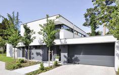 1310 Einfamilienhaus, Neubau | a.punkt architekten Contemporary Front Doors, Pool Construction, Front Door Design, Detached House, Home Fashion, Architecture Design, House Plans, New Homes, House Design