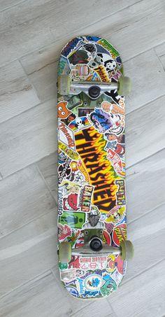 Painted Skateboard, Skateboard Deck Art, Skateboard Design, Skateboard Girl, Custom Skateboard Decks, Custom Skateboards, Cool Skateboards, Skate Photos, Skate Girl