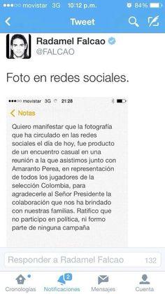 @pacheco2018 dejaron mal parado a campaña santista Juan Roberto Vargas dijo a farsa lleras lo de mentiras con Falcao pic.twitter.com/MbKOMP6aZx