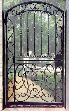 Gates: Historic Designs Built In Original Craft Rod iron courtyard gateRod iron courtyard gate Wrought Iron Gate Designs, Wrought Iron Doors, Tor Design, Metal Gates, Antique Iron, Iron Work, Entrance Gates, Garden Gates, Garden Mural