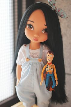 disney animator doll with tee shirt and great jumper