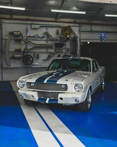 Stuff I've seen across the web Old Muscle Cars, Custom Muscle Cars, American Muscle Cars, Shelby Gt, Ford Mustang Shelby, Classic Sports Cars, Classic Cars, Ford 4x4, Lexus Cars