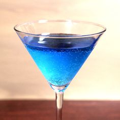 Blue Shoe mocktail recipe: blue Hawaiian Punch, white cranberry juice, 7-up