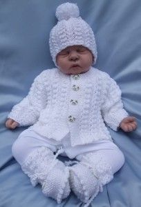 KNITTING PATTERN TO MAKE DUMPLINGS BABY / REBORN DOLL CARDIGAN AND COAT SET in Crafts, Knitting, Patterns