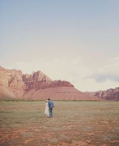Red Rock Wedding Portrait Session. southwest mesa wedding. www.gideonphoto.com