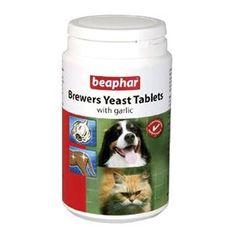 Beaphar Brewers Yeast Tablet'i kediler ve köpekler için özel formüle edilmiş besin takviyesidir. Evcil hayvanlarınızın sağlıklı bir cilde ve parlak tüylere sahip olması için gerekli vitamin ve mineralleri içerir.