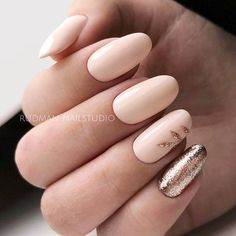 Peach Shellac Nails With Rose Gold Glitter Accents #peachnails #glitterails #ovalnails ★ Have you tried shellac nails already? Discover plenty of pretty designs for shellac manicure here. ★ See more: https://glaminati.com/shellac-nails/ #glaminati #lifestyle #nails #nailart #naildesigns #shellacnails