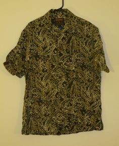 Woolrich Short Sleeve Size XL Extra Large 100% Cotton Floral Hawaiian   $10.99