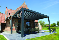 The benefit of a louvered pergola Louvered Pergola, Garage Pergola, Pergola With Roof, Wooden Pergola, Pergola Patio, Pergola Plans, Pergola Kits, Ontario, Toronto