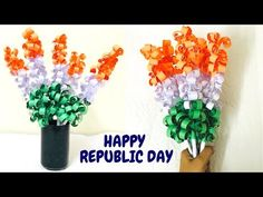 Got no idea what to make for Republic Day? In this video I will show you how to easily make Tricolour Paper Flower, with which you can decorate your class ro. Independence Day Theme, Happy Independence Day India, Independence Day Decoration, 100 Diy Crafts, Fun Crafts For Kids, Paper Flower Decor, Flower Crafts, Diy Paper, Paper Crafts