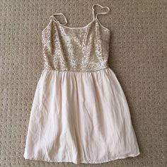 Dress Beautiful pale pink with sparkles up top! It's forever 21, and there is one visible sign of wear Forever 21 Dresses