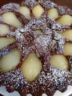Poires moelleuses au chocolat - Food and drink - Poires moelleuses au chocolat - Food and drink Flan Dessert, Cake Recipes, Dessert Recipes, Thermomix Desserts, Icebox Cake, Cute Desserts, Pie Cake, Food Cakes, Chocolate Desserts