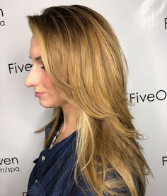 50 Best Layered Haircuts and Hairstyles for 2020 - Hair Adviser - - Layered hair is a top choice in Having trouble finding a perfect cut for you? We've got a really good list of layered hairstyles for women, check out! Hairstyles For Layered Hair, Layered Haircuts For Women, Haircuts For Long Hair, Hairstyles With Bangs, Straight Hairstyles, Pixie Haircuts, Wedding Hairstyles, Braided Hairstyles, Homecoming Hairstyles
