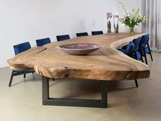 Why you should pay attention to shapes and sizes before buying dining tables 18 Unique Dining Tables, Dining Room Table Decor, Dining Room Design, Dining Room Furniture, Home Furniture, Furniture Design, Outdoor Furniture, Küchen Design, Interior Design