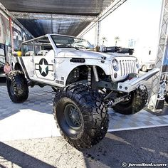 If I ever had a light colored jeep again this would be her!