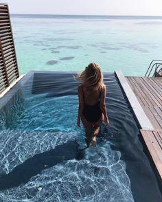 @jemerced Instagram - Jessica Mercedes na wakacjach na Malediwach to coś, czego wszyscy potrzebujemy tej zimy