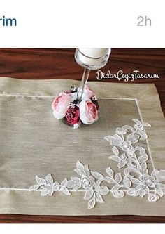 Burlap Art, Applique Stitches, Diy And Crafts, Arts And Crafts, Point Lace, Linens And Lace, Cutwork, Ribbon Embroidery, Textile Art