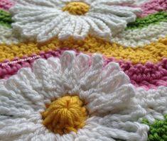 Crochet daisy flower applique - Crafternoon Treats