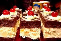Prajitura cu mascarpone si fructe recipe Translate with Bing Bread Cake, Dessert Bread, Romanian Desserts, Romanian Food, Delicious Desserts, Yummy Food, Homemade Sweets, Pastry Cake, Sweet Tarts