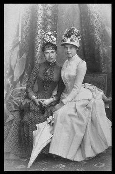Gisela and her sister Marie Valerie