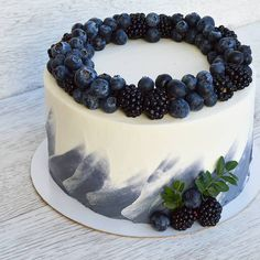 [New] The 10 Best Home Decor Ideas Today (with Pictures) – Blueberry cake decore… - Creative Cake Decorating Ideen Fancy Cakes, Cute Cakes, Pretty Cakes, Gorgeous Cakes, Amazing Cakes, Food Cakes, Cupcake Cakes, Blueberry Cake, Blueberry Chocolate