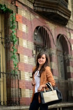 Moda Capital en colaboración con RedQueen ✨ #redqueenjoyeria #modacapital #jewelry #accesories #necklace #fashion #mexicanbloggers #glam #cute bff