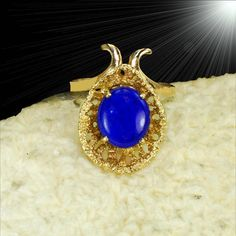 Unique yellow gold estate ring genuine lapis lazuli - see set M-F Lion Ring, Estate Rings, Sterling Silver Filigree, 14k Gold Ring, Gold Texture, Yellow Gold Rings, Rare Antique, Lapis Lazuli, Unique
