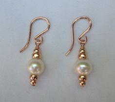 Beautiful AAA Akoya Pearl Dangle Earrings in Rose Gold Fill. Rose Gold Earrings, Beaded Earrings, Pearl Earrings, Fine Jewelry, Jewelry Making, Diy Jewelry Inspiration, Emerald Jewelry, Homemade Jewelry, Vintage Engagement Rings