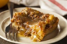 Bread pudding is for people who want breakfast…for dessert. It's sweet lik… Bread pudding is for people who want breakfast…for dessert. It's sweet like cake, but with a multitude of textures and flavors to make you say Yumm! Bread Pudding Rum Sauce, Vegan Bread Pudding, Rum Sauce Recipe, Bread Pudding With Apples, Bread Puddings, Bread Pudding Recipe New Orleans, Simple Bread Pudding Recipe, Old Fashion Bread Pudding Recipe, Rice Puddings