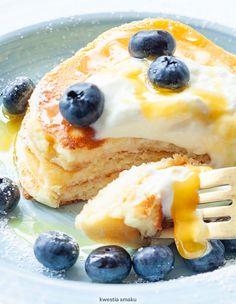 Placki twarogowe Pancakes, Cheesecake, Pierogi, Food And Drink, Pudding, Sweets, Breakfast, Healthy, Ethnic Recipes