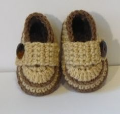 Let's create: Crochet Baby Boy Shoes