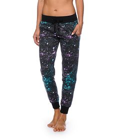 Take your style to a whole new dimension with these joggers cut from a lightweight and comfortable terry covered in a trendy galaxy print.