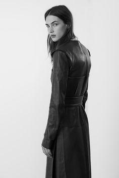 """""""De Hito en Hito"""" : Crista Cober : Vogue Spain August 2013 : Eric Guillemain"""