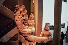 La chaussée des géants Style du Bayon (fin 12e-début 13e siècle)  grès  Temple du Preah Kahn, Cambodge